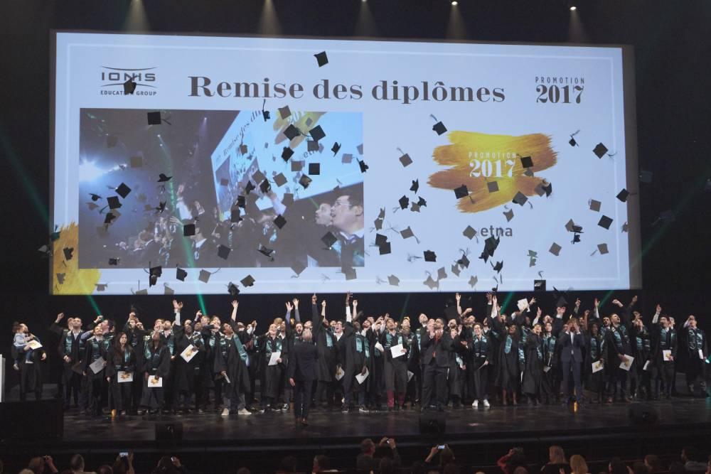 La promotion 2017 de l'ETNA célébrée au Palais des Congrès