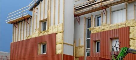 Isolation thermique par l'extérieur : audit énergétique et autorisations