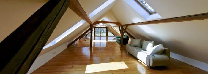 Isolation de la toiture par l'extérieur : la méthode du sarking