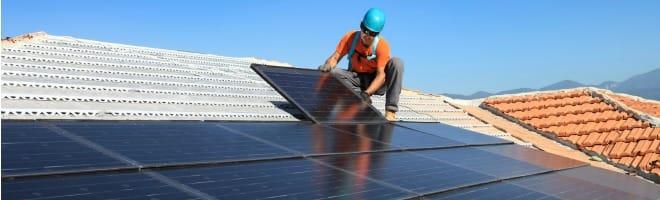 installation-panneaux-solaires-aerovoltaique-aides-credit-impot-2016-une
