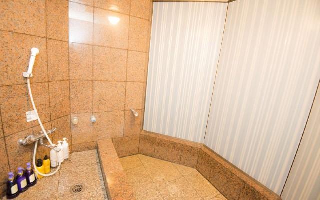 御影石造りのお風呂で贅沢バスタイム♪