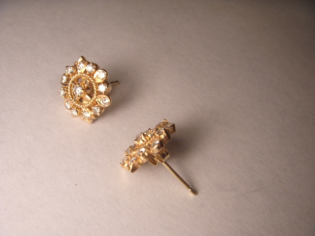 Gorgeous Estate 22k 24k Yellow Gold Snowflake Diamond Stud Earrings Studs Ebay