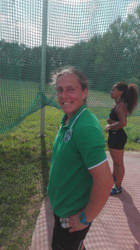 Vânia Silva bate recorde do mundo no Torneio Internacional de Lançamentos