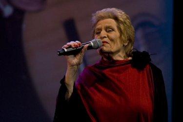 Morreu a fadista Celeste Rodrigues, irmã de Amália Rodrigues