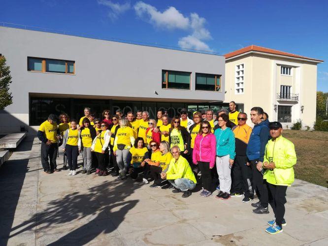 Caminhada de alunos e professores da ESDS