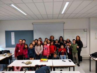 """""""Repórter no Mundo"""" ensina alunos a escrever notícias"""