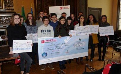 Doze estudantes lusófonos recebem bolsas de estudo