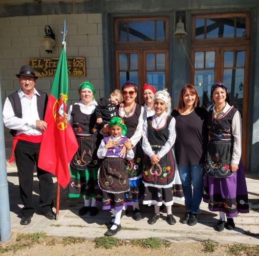 """Rancho Folclórico """"Azinheira"""" apresentou-se na Vila Sierras Bayas da cidade de Olavarría"""