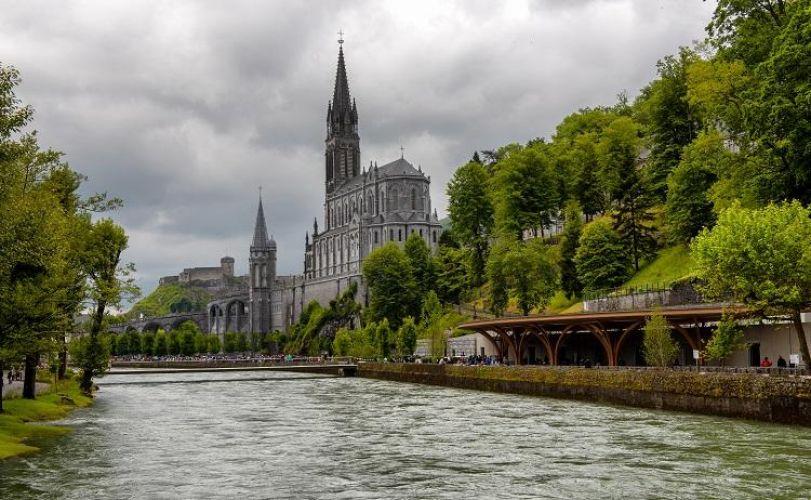 À descoberta de Lourdes