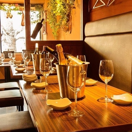 Wine & Dining Cafe BRALIBA 神保町店