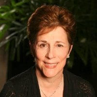 Joan Varrone's headshot