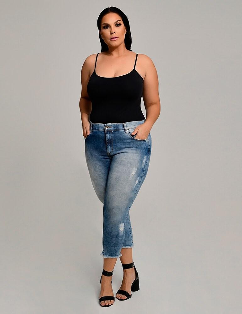 Calça Jeans Capri Feminina Plus Size Fact Jeans ref. 03961