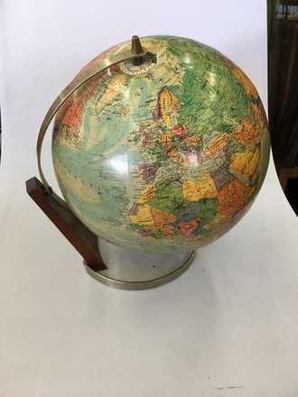 main photo of Globe