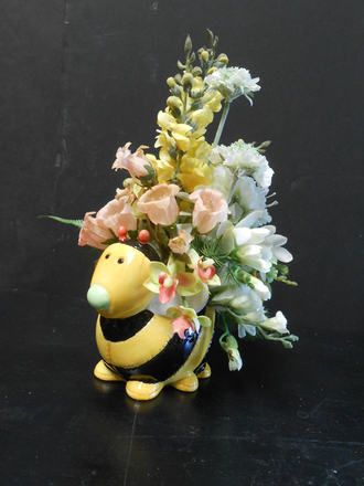 main photo of Bumble bee floral