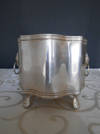 main photo of Small footed silver bowl