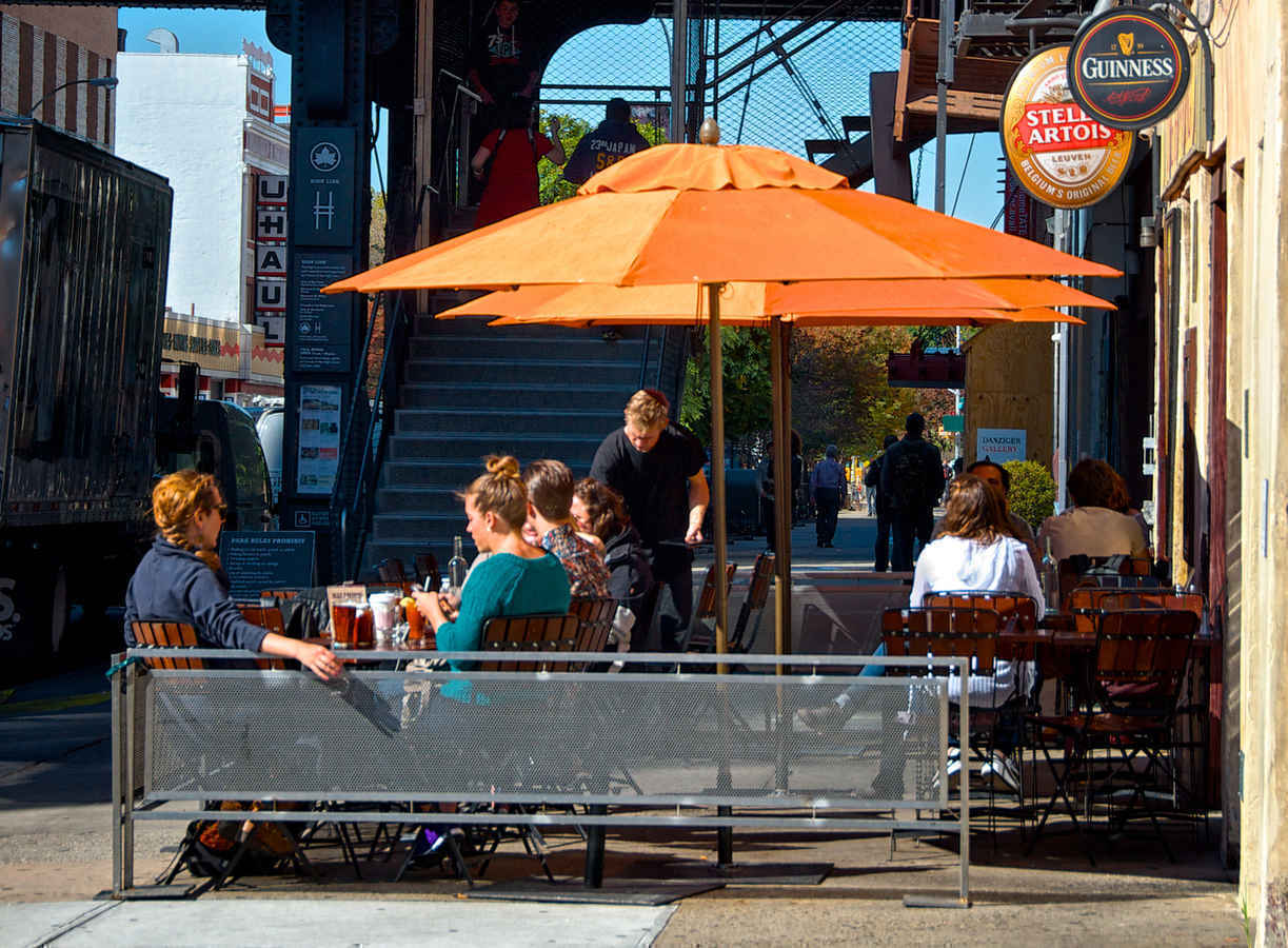 Cafe near the High Line in Chelsea New York