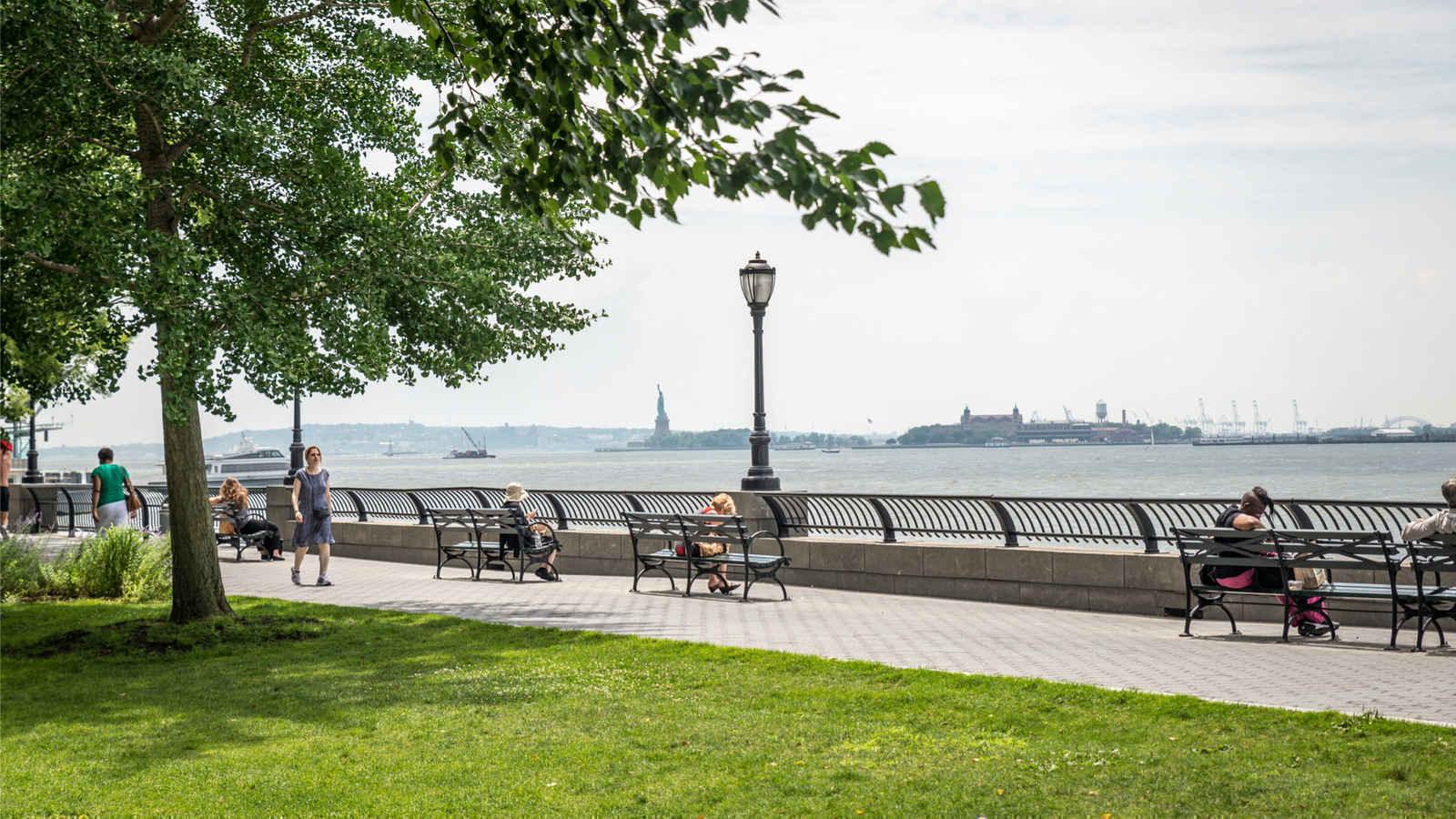 Panorama of Battery Park City Esplanade, New York