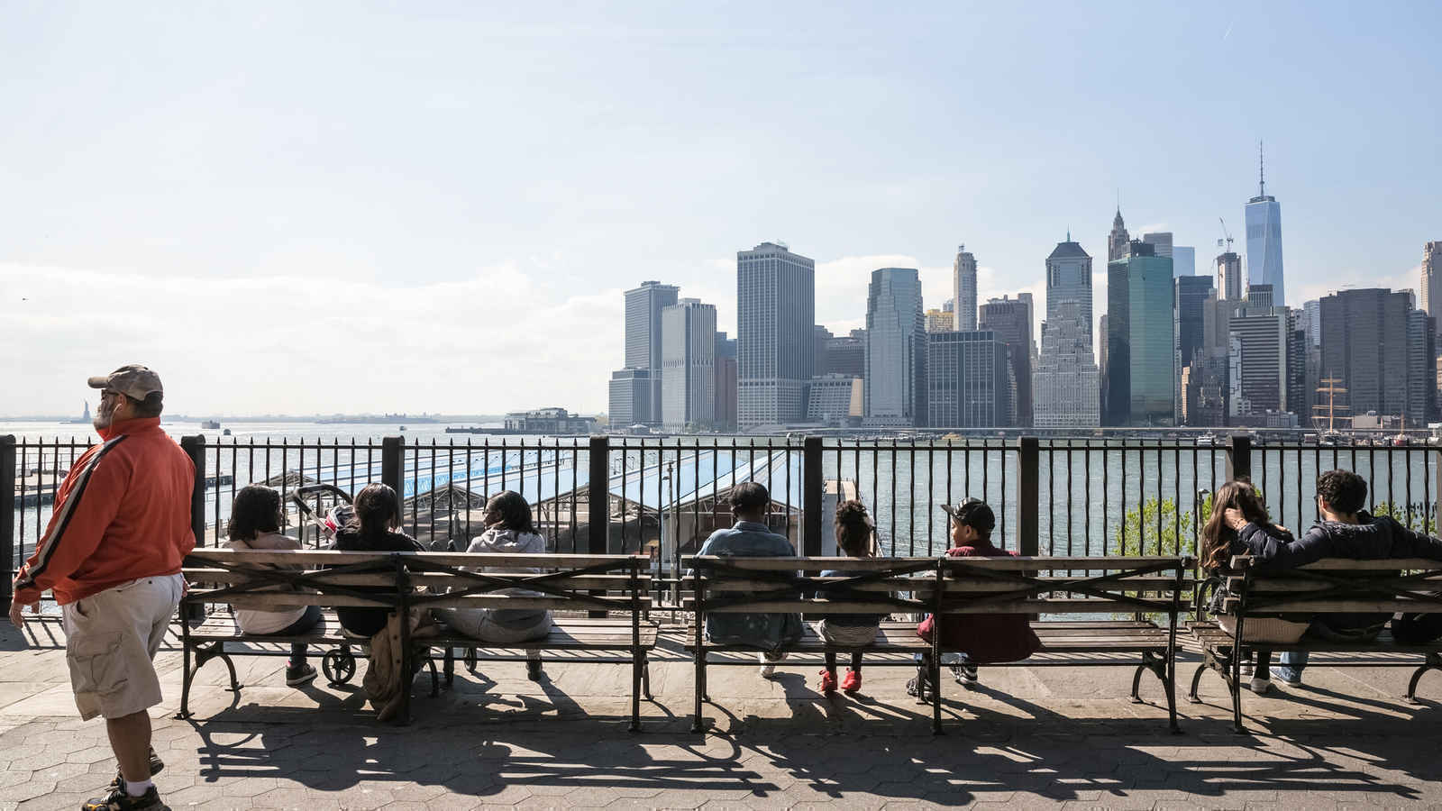 People relaxing on the Brooklyn Heights Promenade