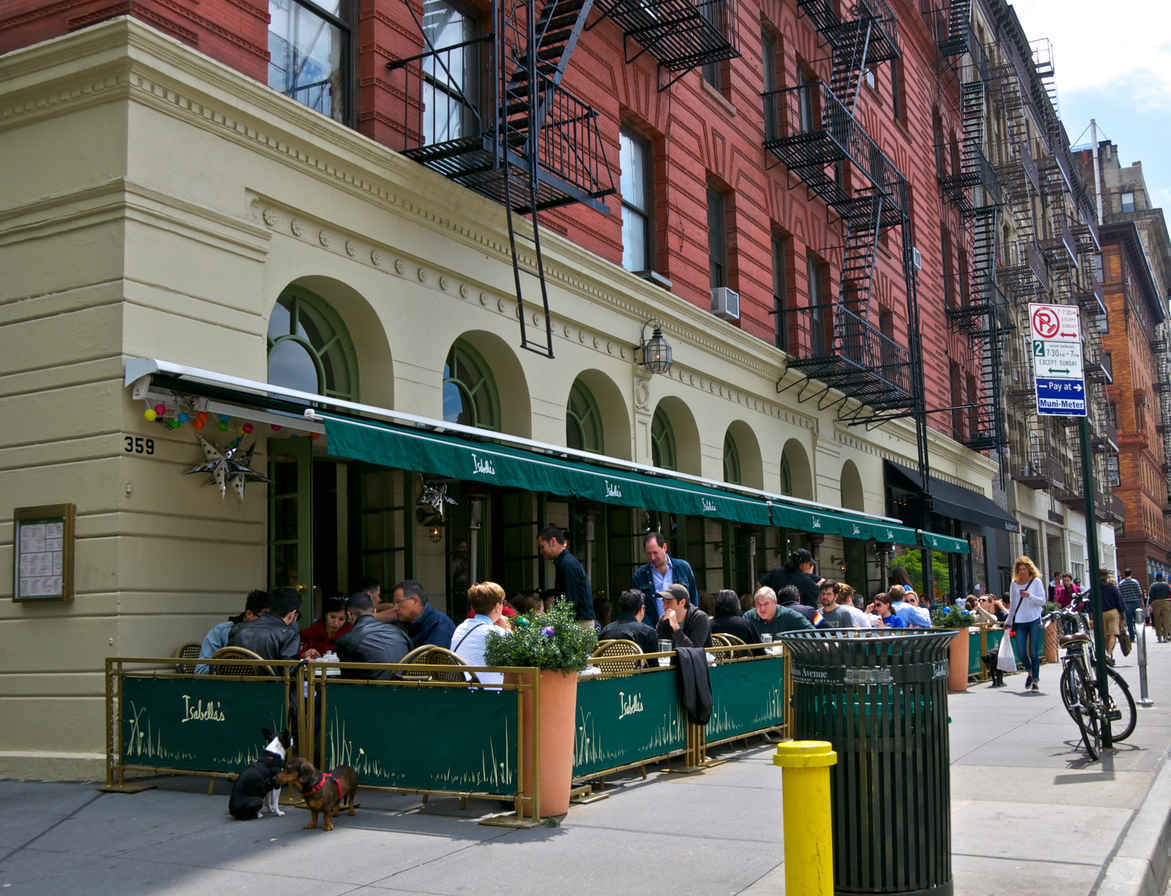 Bars and restaurants on the Upper West Side of Manhattan, New York