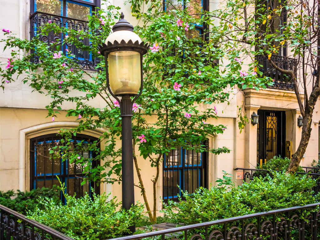 Townhouse with gardens, Chelsea, Manhattan