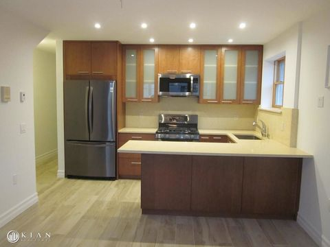 79-33 67th Road, Apt 2F, Queens, New York 11379