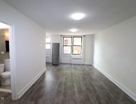 132-45 Maple Avenue, Apt 110/45, Queens, New York 11355