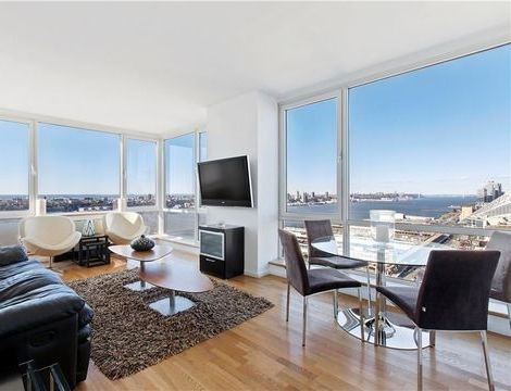 635 West 42nd Street, Apt 19S, Manhattan, New York 10036