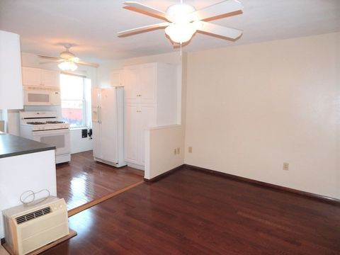 477 Sackett Street, Apt #2, Brooklyn, New York 11217