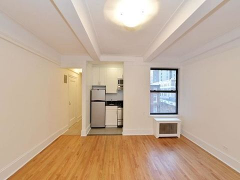 52 Clark Street, Apt 5-M, Brooklyn, New York 11201