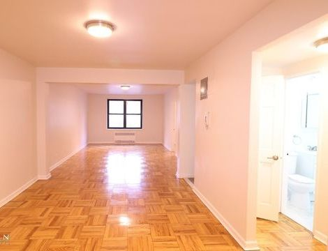 34-15 Parsons Boulevard, Apt 2C, Queens, New York 11354