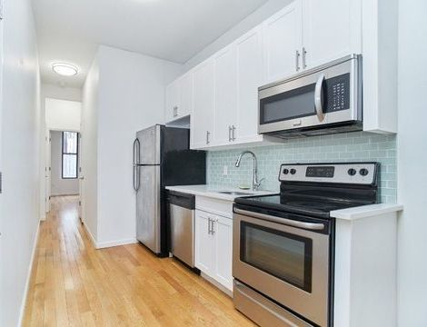 10-22 47th Road, Apt 3L, Queens, New York 11101