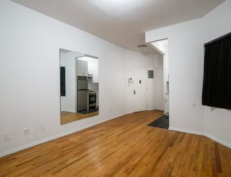 318 West 49th Street, Apt 1-RE, Manhattan, New York 10019