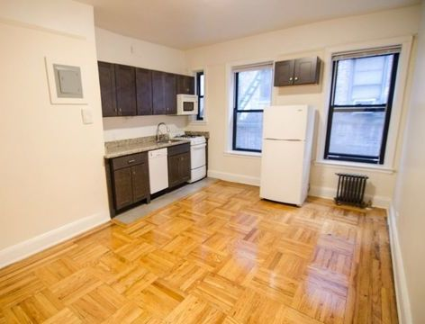 43-28 39th Place, Apt 22, Queens, New York 11104