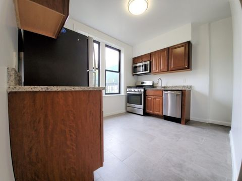 86-02 Forest Parkway, Apt B1, Queens, New York 11421