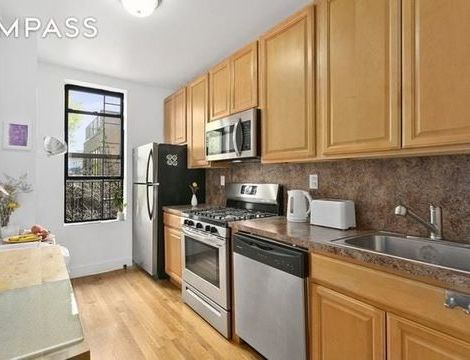 351 5th Avenue, Apt 8, Brooklyn, New York 11215