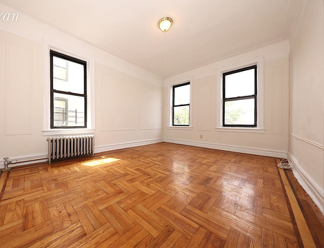 31-50 33rd Street, Apt 4C, Queens, New York 11106