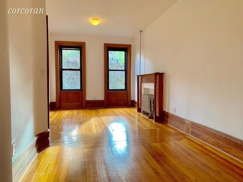 161 East 81st Street, Apt 2W, Manhattan, New York 10028
