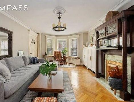 292 Windsor Place, Apt TWNH, Brooklyn, New York 11218