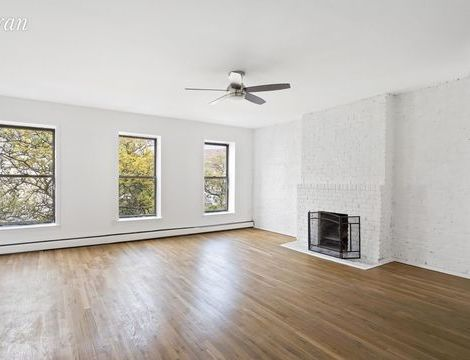 586 Pacific Street, Apt 2A, Brooklyn, New York 11217