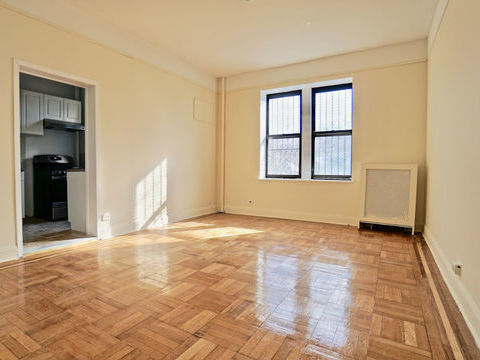 353 Fort Washington Avenue, Apt 1E, Manhattan, New York 10033