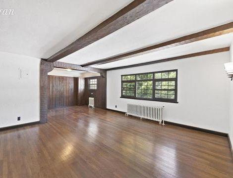 38-12 213th Street, Apt 8, Queens, New York 11361