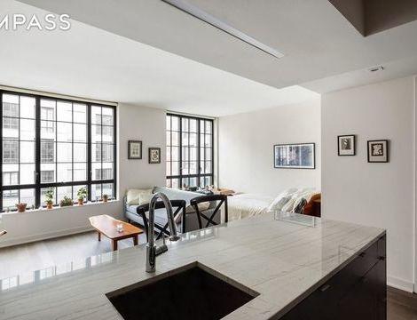 205 Water Street, Apt 4-L, Brooklyn, New York 11201
