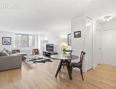 345 East 93rd Street, Apt 8-K, Manhattan, New York 10128