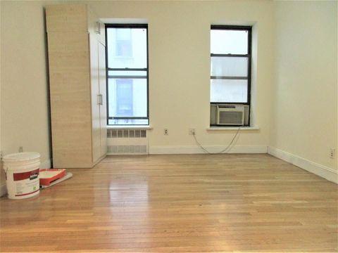 352 West 46th Street, Apt 1-E, Manhattan, New York 10036