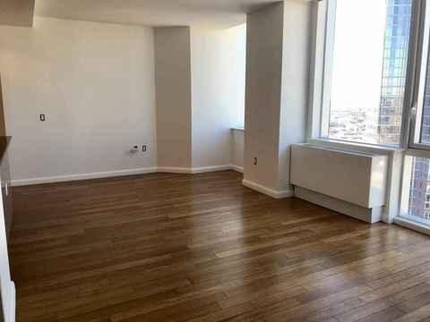 66 Rockwell Place, Apt 7N, Brooklyn, New York 11217