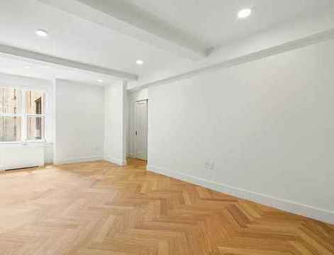 301 East 21st Street, Apt 5D, Manhattan, New York 10010