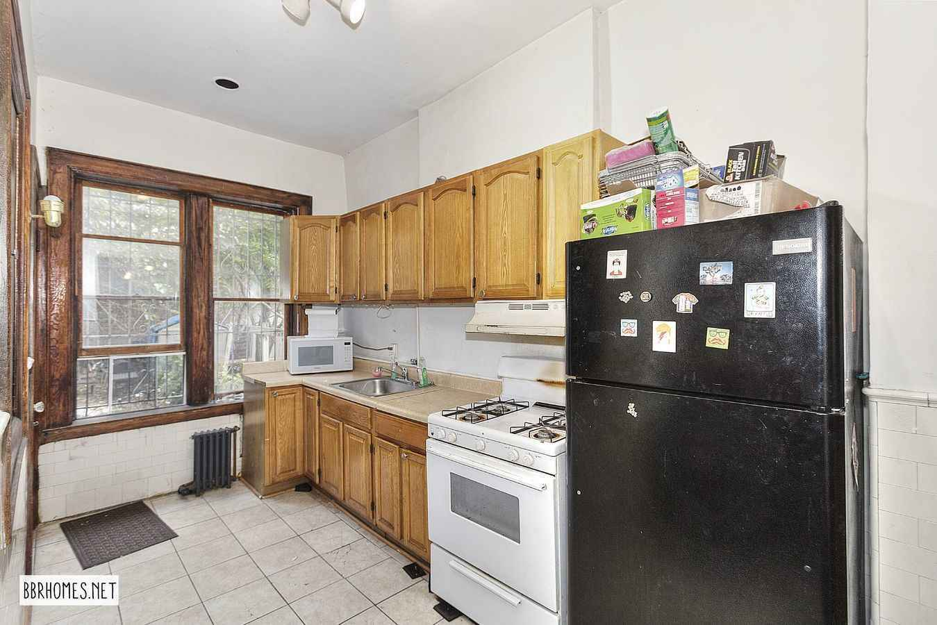 Apartment for sale at 666 Street Marks Avenue, Apt HOUSE