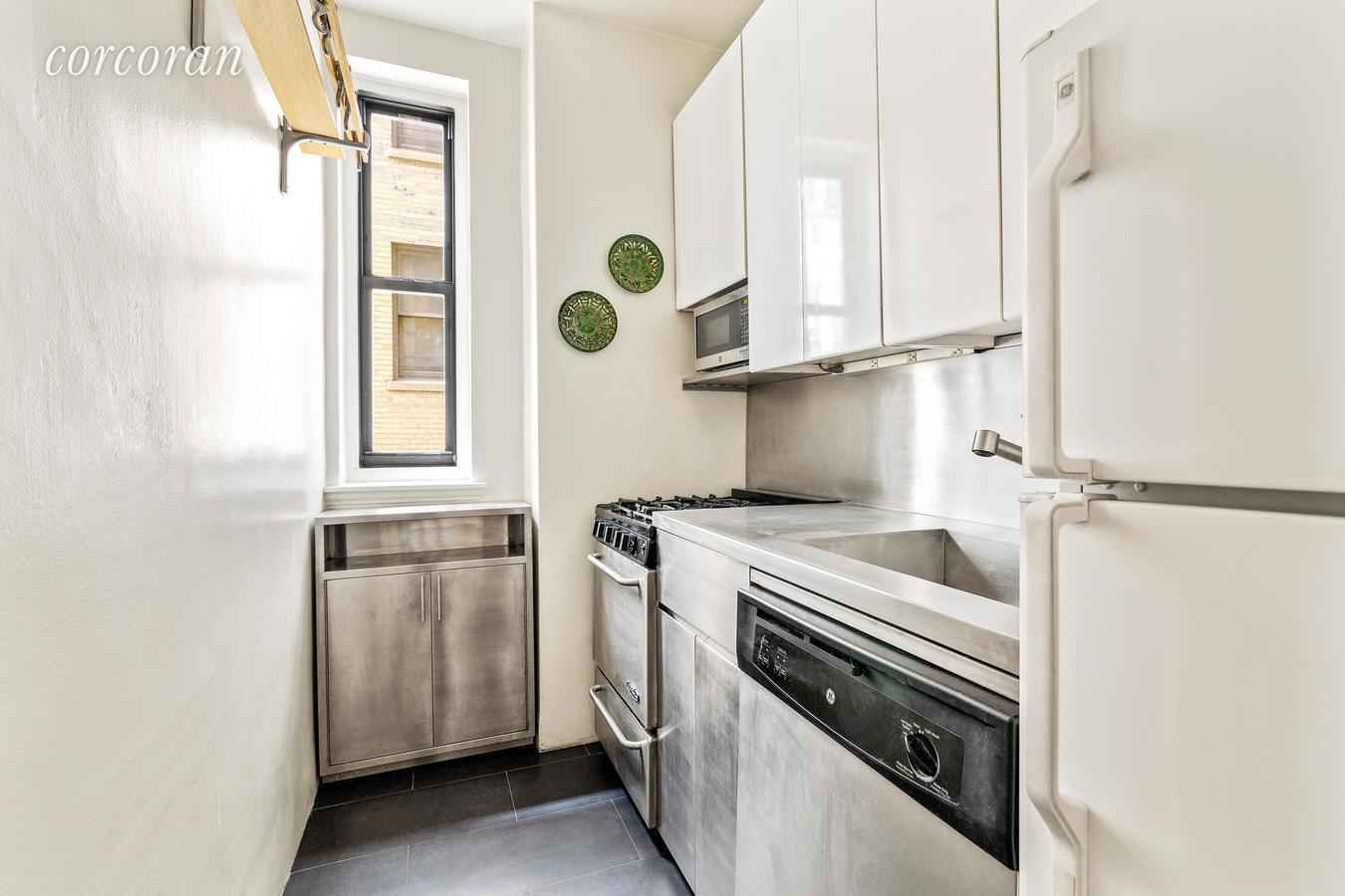 Apartment for sale at 590 West End Avenue, Apt 9B