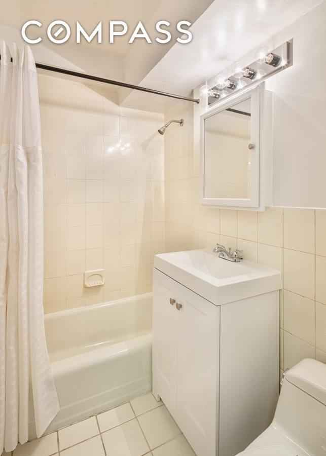 Apartment for sale at 310 Lexington Avenue, Apt 9-H