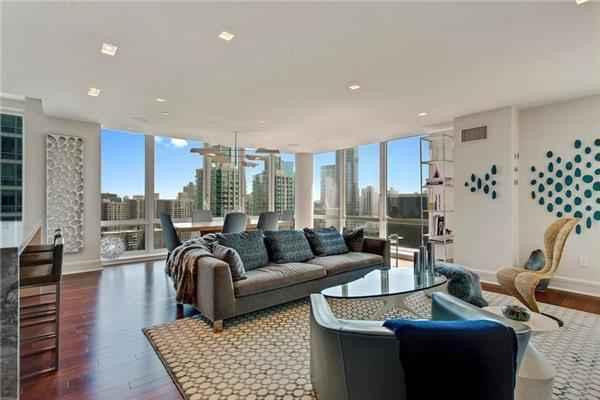 Apartment for sale at 60 Riverside Boulevard, Apt 2902